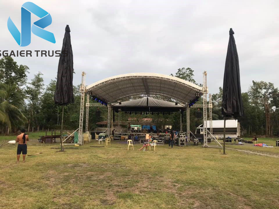 Water Proof Aluminum Roof Truss 400 * 600mm Size For 18m Span Outdoor Events