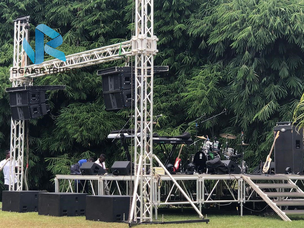 Outdoor Stage LED Screen Truss System Quickly Assemble Silver / Black Color
